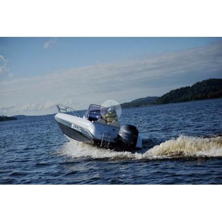 Čln – M 630 Cabin - 21´