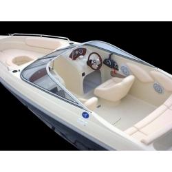 Čln – M 560 Elegance   - 18´ Bowrider