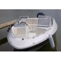 Čln – M 630 Elegance - 21´ Bowrider